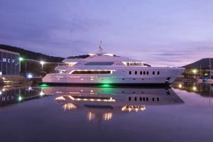 MCP Yachts Hemisphere 140