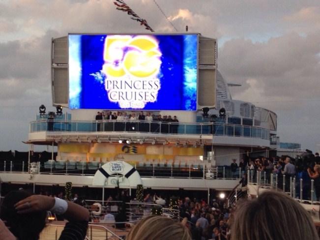 Batismo do Regal Princess lançou as festividades do 50º aniversário da Princess Cruises