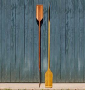 Remo duplo em madeira para caiaque